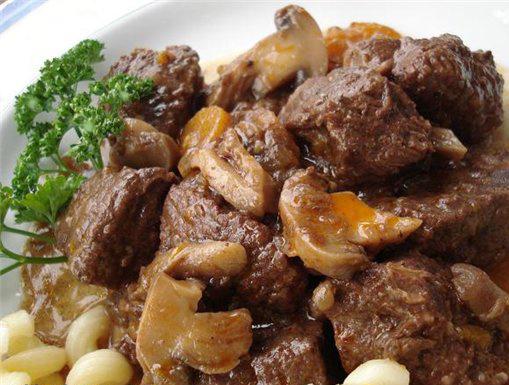 Тушение мяса в мультиварке рецепты