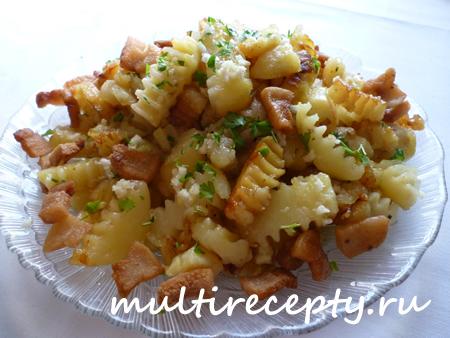 Жаренная картошка с салом по-домашнему