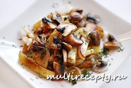 Картошка с грибами и луком - традиционный рецепт для мультиварки