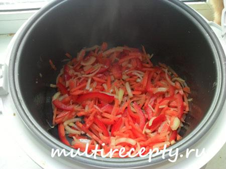 Закладывание овощей в мультиварке