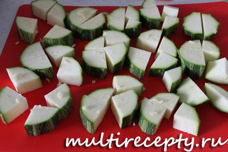 Мясное рагу из кабачков в мультиварке рецепт