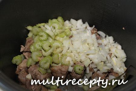 Как потушить мясо в мультиварке