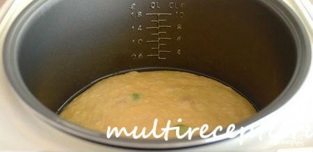 Чашу мультиварки нужно смазать маслом