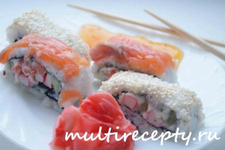 Рецепт роллов с лососем и кунжутом в мультиварке