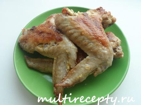 Пикантные куриные крылышки в мультиварке