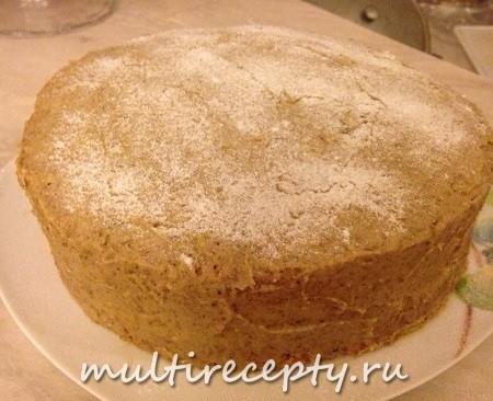 Бисквит с ореховым кремом в мультиварке