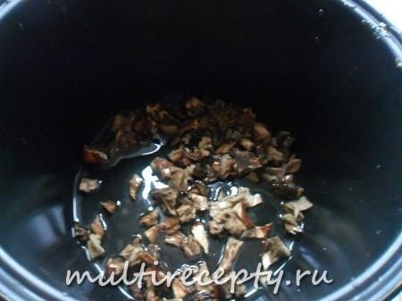 Как жарить грибы в мультиварке