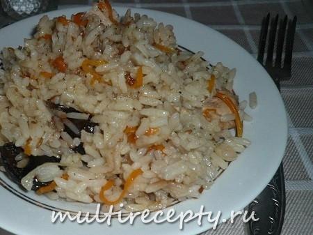 Рис в мультиварке с курицей и черносливом