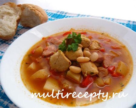 Суп из фасоли с сардельками