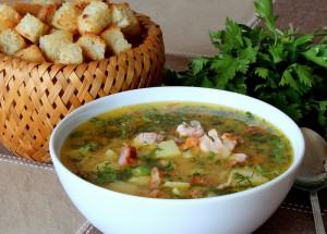 Гороховый суп в мультиварке с копчеными ребрышками