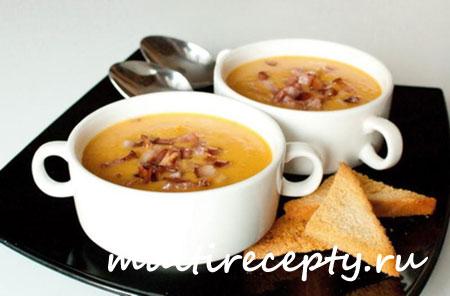 Рецепт горохового супа с беконом в мультиварке