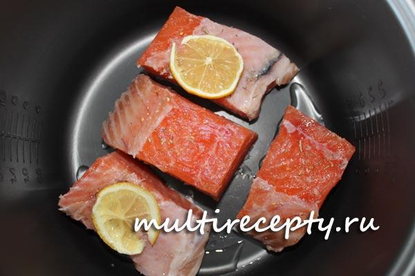 Как приготовить лосося в мультиварке