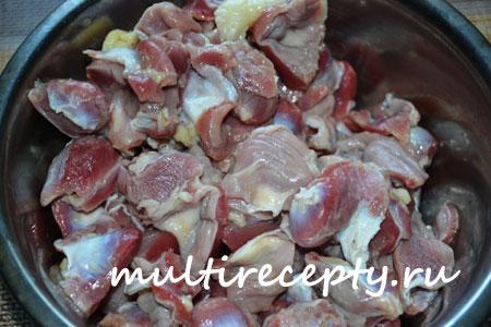 Куриные желудки в мультиварке приготовление