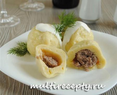 Картофельные клецки в мультиварке с мясом
