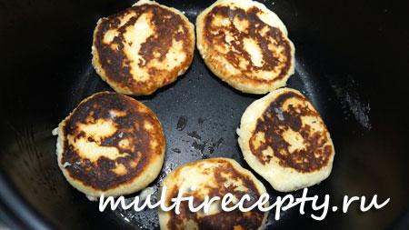 Пошаговый рецепт приготовления сырников в мультиварке