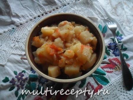 Картошка с капустой и морковкой в мультиварке